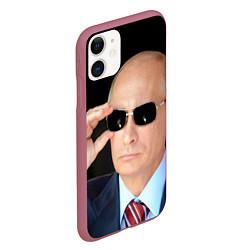 Чехол iPhone 11 матовый Путин в очках цвета 3D-малиновый — фото 2