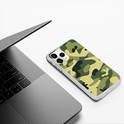 Чехол iPhone 11 Pro матовый Камуфляж: зеленый/хаки цвета 3D-белый — фото 2