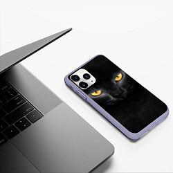 Чехол iPhone 11 Pro матовый Черная кошка цвета 3D-светло-сиреневый — фото 2