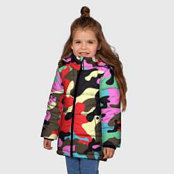 Куртка зимняя для девочки Яркий камуфляж цвета 3D-черный — фото 2