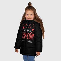 Детская зимняя куртка для девочки с принтом Муж Денис, цвет: 3D-черный, артикул: 10083287606065 — фото 2