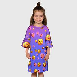 Платье клеш для девочки Очень много эмодзи цвета 3D-принт — фото 2
