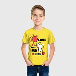 Футболка хлопковая детская Love makes me high цвета желтый — фото 2