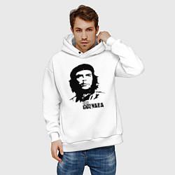Толстовка оверсайз мужская Эрнесто Че Гевара цвета белый — фото 2