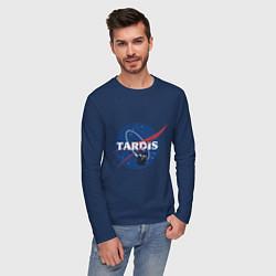 Лонгслив хлопковый мужской Tardis NASA цвета тёмно-синий — фото 2