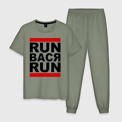 Пижама хлопковая мужская Run Вася Run цвета авокадо — фото 1