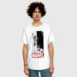 Мужская удлиненная футболка с принтом Iron Man: Marvel, цвет: белый, артикул: 10178139305753 — фото 2