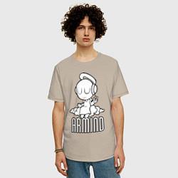 Мужская удлиненная футболка с принтом Armind, цвет: миндальный, артикул: 10061115505753 — фото 2