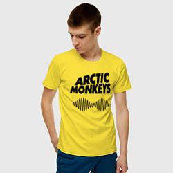 Футболка хлопковая мужская Arctic Monkeys цвета желтый — фото 2