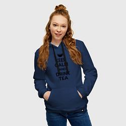 Толстовка-худи хлопковая женская Keep Calm & Drink Tea цвета тёмно-синий — фото 2