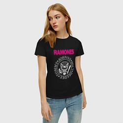 Футболка хлопковая женская Ramones Boyband цвета черный — фото 2