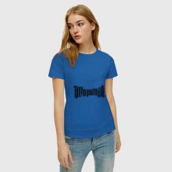 Футболка хлопковая женская Амбиграмма Иллюминати цвета синий — фото 2